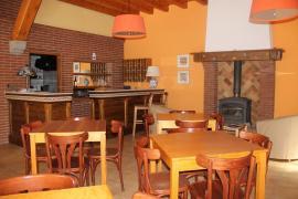 La Taverna dels Noguers casa rural en El Pont De Bar (Lleida)