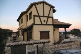 Casa rural La Garrocha casa rural en Colmenar Del Arroyo (Madrid)