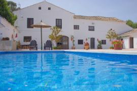 Cortijo Caracate casa rural en Archidona (Málaga)