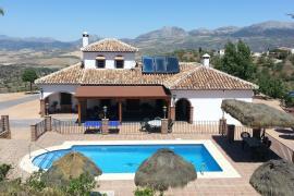Mansión Piedras Blancas casa rural en Colmenar (Málaga)