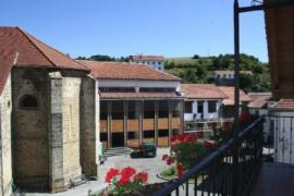 Apartamentos Casa Zubiat casa rural en Jaurrieta (Navarra)