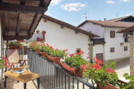 Aptos. Rurales Etxeberría I, II y III casa rural en Ultzama (Navarra)