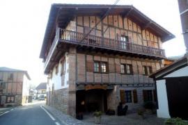Casa Iriondoa I y II casa rural en Etxalar (Navarra)