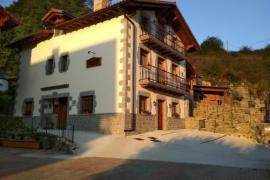 Casa Rural Iturburu casa rural en Lekunberri (Navarra)