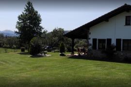 Casa Rural Latadia I y II casa rural en Arizkun (Navarra)