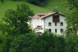 Gorostipaleko borda casa rural en Etxalar (Navarra)