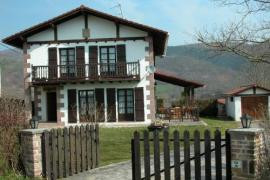 Iparraldea casa rural en Lekaroz (Navarra)