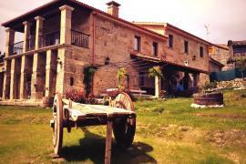Pazos casa rural en San Cristovo De Cea (Ourense)