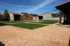 El Patio de Fuenteuso casa rural en Villota Del Paramo (Palencia)