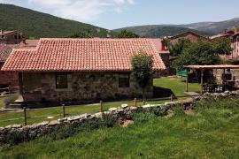 Los Chozos de la Braña casa rural en Brañosera (Palencia)