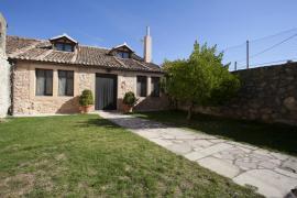 Casa Rural Lobega I y II casa rural en Santa Marta Del Cerro (Segovia)