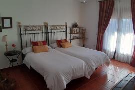 Casa San Medel casa rural en Torrecaballeros (Segovia)