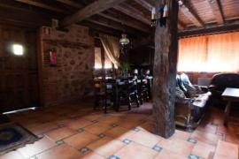 Pincherres casa rural en Bernuy De Porreros (Segovia)