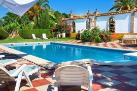 Cortijo Hacienda Nueva casa rural en Lora Del Rio (Sevilla)