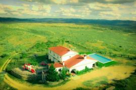 Cortijo Los Tomillares casa rural en Guadalcanal (Sevilla)