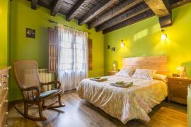 El Nido del Mirlo casa rural en Casarejos (Soria)