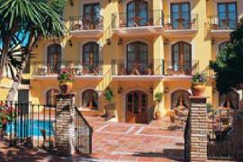 Hotel Restaurante La Masieta  casa rural en Creixell (Tarragona)