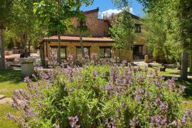 Complejo Rural Masia el Molinete casa rural en Valbona (Teruel)