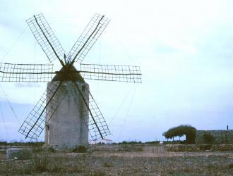El Pilar De La Mola