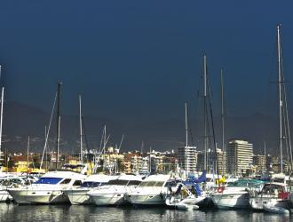 Paseo Marítimo y Puerto Deportivo