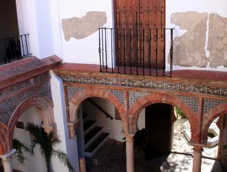 Casa de Mondragón