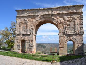 Arcos De Jalón