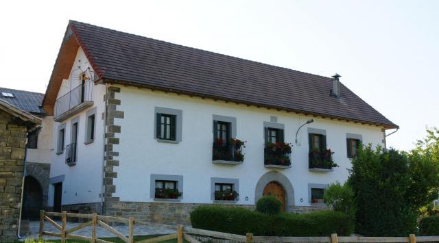 Tarifas casa rural jauregui navarra ibilcieta clubrural - Casa rural tarifa ...