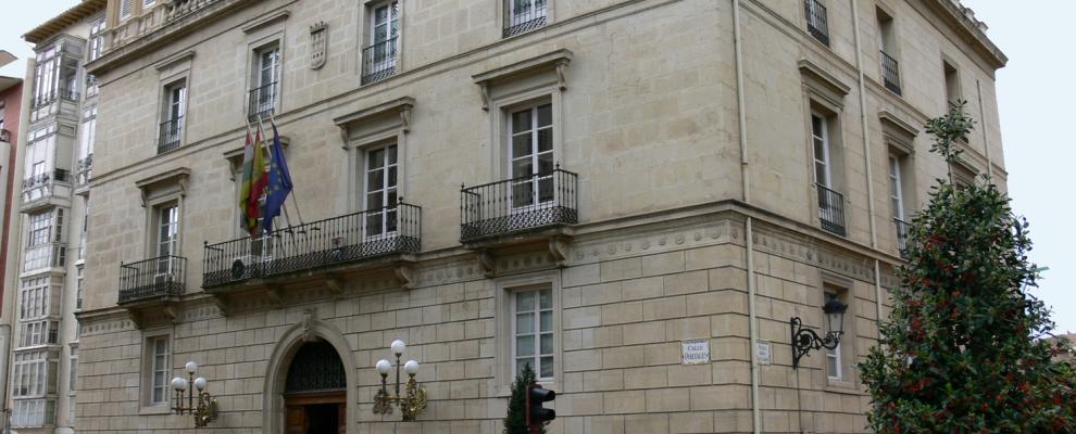 Palacio de los chapiteles en logro o la rioja clubrural - Casas rurales logrono ...