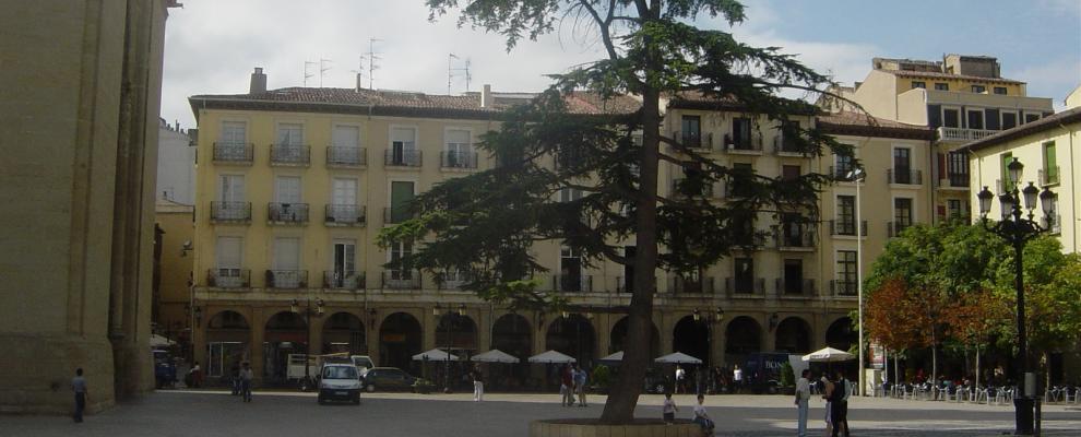 Plaza del mercado en logro o la rioja clubrural - Casas rurales logrono ...