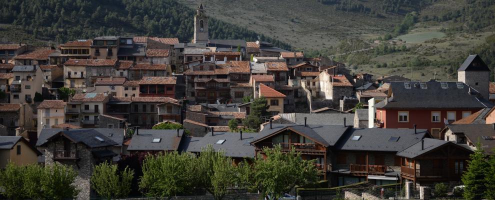Qu ver y d nde dormir en bellver de cerdanya lleida - Casa rural bellver de cerdanya ...