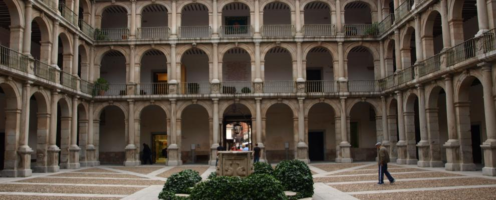 Antigua Universidad - Colegio Mayor de San Ildefonso