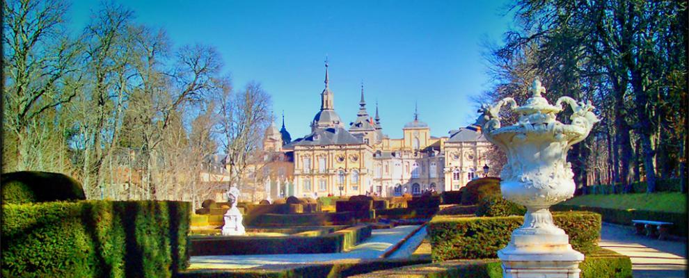 Jardines del palacio real de san ildefonso en la granja de for Jardines de san ildefonso