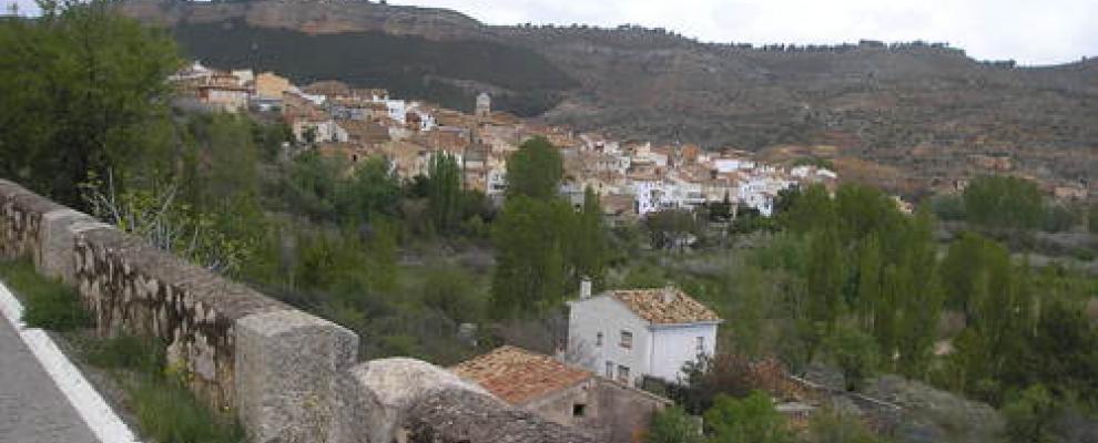 Qu ver y d nde dormir en casas altas valencia clubrural - Casas de pueblo en valencia ...