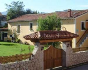 Tras la fragua casa rural en colombres asturias clubrural - Casas rurales en asturias con piscina ...