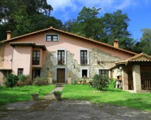 Caseron de pontigu casa rural en llanes asturias clubrural - Casas rurales galicia con encanto ...