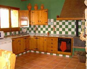 Casa rural el castellet casa rural en la jana castell n clubrural - Casa rural castellon jacuzzi ...