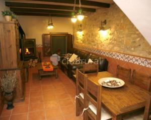 Casa rural el planet de maella casa rural en chert castell n clubrural - Casa rural castellon jacuzzi ...