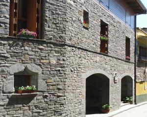 Casa mat as apartamentos tur sticos en biescas huesca clubrural - Piscina municipal jaca ...
